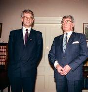 Dåvarande statsminister Ingvar Carlsson och talman Thage G. Peterson i samband med S-regeringens avgång 1990. Lars Hedberg/TT / TT NYHETSBYRÅN