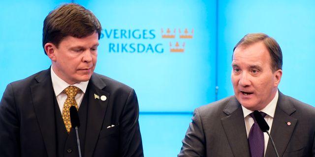Andreas Norlén och Stefan Löfven.  Anders Wiklund/TT / TT NYHETSBYRÅN