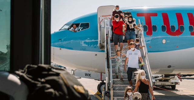 Illustrationsbild: Charterplan från TUI landar på Rhodos (juli 2020).  Stina Stjernkvist/TT / TT NYHETSBYRÅN