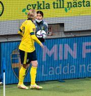 Emil Forsberg och Valeria, 14. MAXIM THORE / BILDBYRÅN