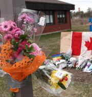 Minneplats for polisen Heidi Stevenson, en av personerna som sköts ihjäl i Nova Scotia, Kanada. TIM KROCHAK / TT NYHETSBYRÅN