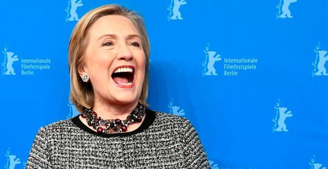 Hillary Clinton i februari 2020.  Jens Kalaene / TT NYHETSBYRÅN