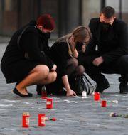 Minnesplats i Prag för de som dött i covid-19.  Petr David Josek / TT NYHETSBYRÅN
