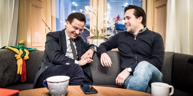 Ulf Kristersson och Benjamin Dousa. Magnus Hjalmarson Neideman/SvD/TT / TT NYHETSBYRÅN