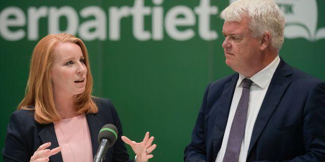 Annie Lööf och Michael Artursson. Arkivbild. Janerik Henriksson/TT / TT NYHETSBYRÅN