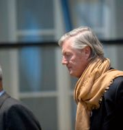 Victor Muller anländer till förhandlingarna i Hovrätten på fredagen. Björn Larsson Rosvall/TT / TT NYHETSBYRÅN