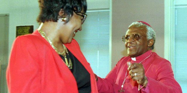 Winnie Madikizela-Mandela och Desmond Tutu JUDA NGWENYA / TT / NTB Scanpix