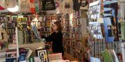 English Bookshop i Uppsala har norpat titeln världens bästa bokaffär från Shakespeare & Co i Paris. Uppsala English Bookshop