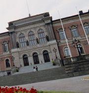 Illustrationsbilder på universiteten i Uppsala och Göteborg, Ernkrans TT