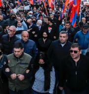 Bild från torsdagens demonstration.  Dmitri Lovetsky / TT NYHETSBYRÅN