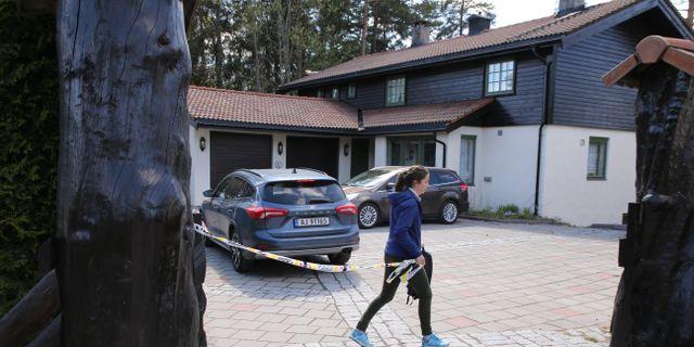 Avspärrning vid Tom Hagens bostad i Maj. Ørn E. Borgen / TT NYHETSBYRÅN