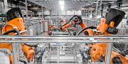 Troax gör galler som inhägnar industrirobotar. unknown