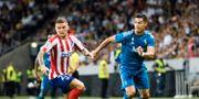 Atletico Madrids Kieran Trippier och Juventus Cristano Ronaldo i lördagens vänskapsmatch mellan Juventus och Atletico Madrid på Friends Arena. Erik Simander/TT / TT NYHETSBYRÅN