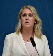Socialminister Lena Hallengren. LARS SCHRÖDER/TT / TT NYHETSBYRÅN