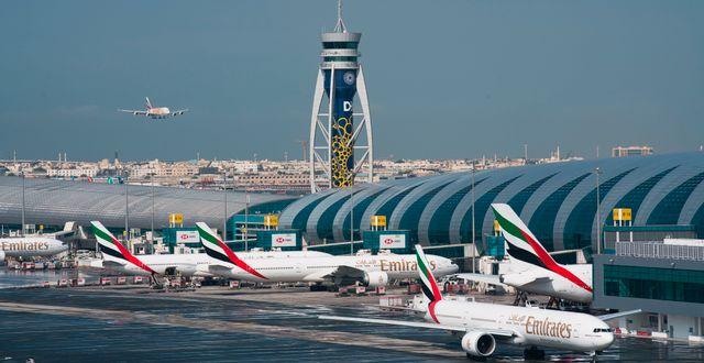 Arkivbild: Emirates-plan vid Dubais internationella flygplats.  Jon Gambrell / TT NYHETSBYRÅN