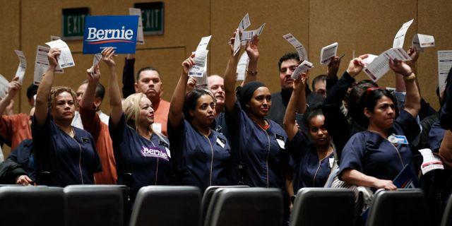 Demokratiska väljare på ett nomineringsmöte i Nevada. John Locher / TT NYHETSBYRÅN