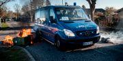 Arkivbild: Protester i samband med polisen stoppat en Stram Kurs-demonstration i området Albertslund i Danmark.  MADS CLAUS RASMUSSEN / Ritzau Scanpix