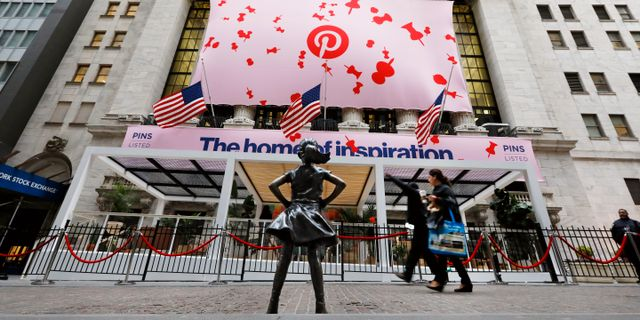 Pinterest noterades på Wall Street den 18 april 2019. Richard Drew / TT NYHETSBYRÅN