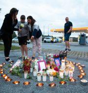 Minnesplats efter mordet på mördade 12-åringen. Ali Lorestani/TT / TT NYHETSBYRÅN