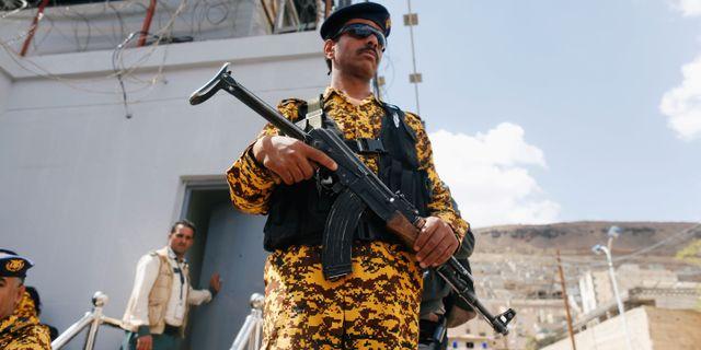 Arkivbild. Polis i Sanaa, Jemen. KHALED ABDULLAH / TT NYHETSBYRÅN
