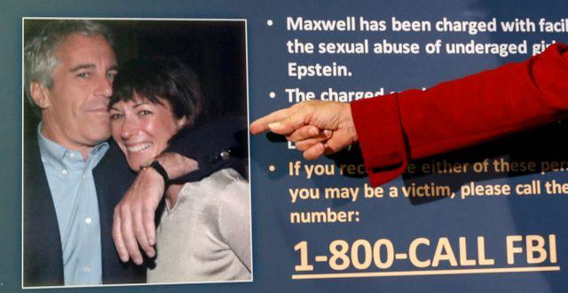 Bild på Epstein och Maxwell.  John Minchillo / TT NYHETSBYRÅN