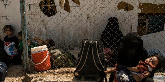 Kvinnor och barn i al-Hol lägret i Syrien.  Baderkhan Ahmad / TT NYHETSBYRÅN