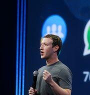 Arkivbild: Mark Zuckerberg är en av de techbossar som ska förhöras av den amerikanska kongressen inom kort.  Eric Risberg / TT NYHETSBYRÅN