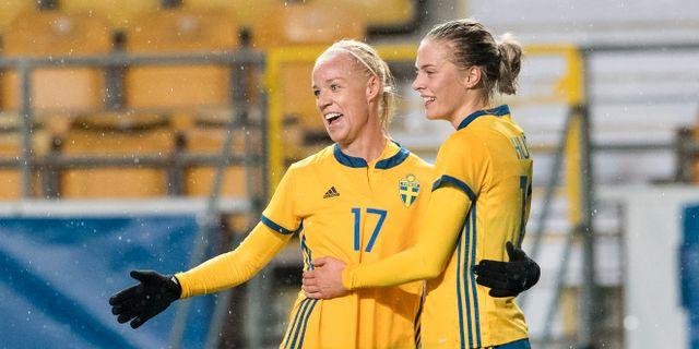Caroline Seger och Lina Hurtig. Arkivbild.  Björn Larsson Rosvall/TT / TT NYHETSBYRÅN