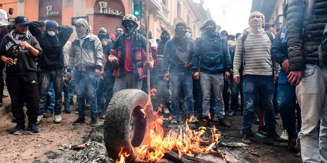 Demonstranter i Quito. MARTIN BERNETTI / AFP