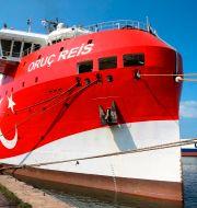 Forskningsfartyget Oruc Reis i hamnen i Antalya, Turkiet. TT NYHETSBYRÅN