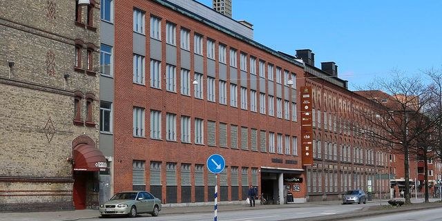 Teaterhögskolan i Malmö.  Wikipedia