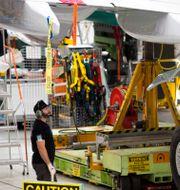 Arkivbild. I en av Boeings fabriker.  JASON REDMOND / TT NYHETSBYRÅN