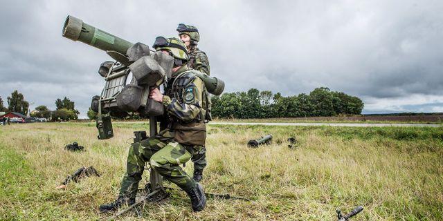 Soldater under försvarsövningen Aurora 17 på Gotland 2017.  Tomas Oneborg/SvD/TT / TT NYHETSBYRÅN
