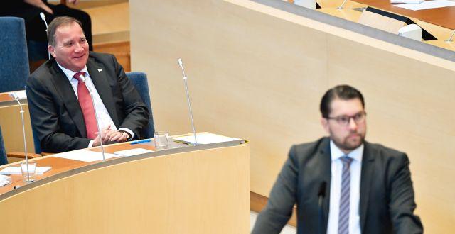 Stefan Löfven (S) och Jimmie Åkesson (SD) under debatten Henrik Montgomery/TT / TT NYHETSBYRÅN