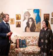 Emmanuel Macron och berömda sångerskan Fayrouz. Présidence de la République
