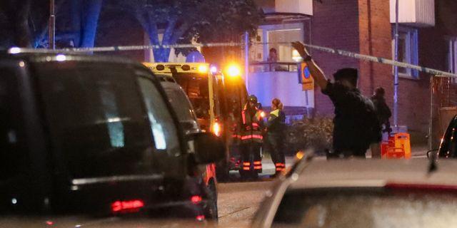 Polisen på platsen där det larmades om skottlossning i Nacka den 8 september. Arkivbild. Claus Meyer/TT / TT NYHETSBYRÅN