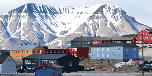 Nordpolens rorelser drabbar flygplatser