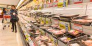 Hälften av svenskarna uppger att de inte bryr sig om hur maten de äter påverkar klimatet.  Ivan Vdovin/Colourbox