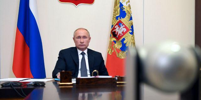 Vladimir Putin meddelade idag att Ryssland har tagit fram och godkänt världens första vaccin mot coronaviruset. Alexei Nikolsky / TT NYHETSBYRÅN