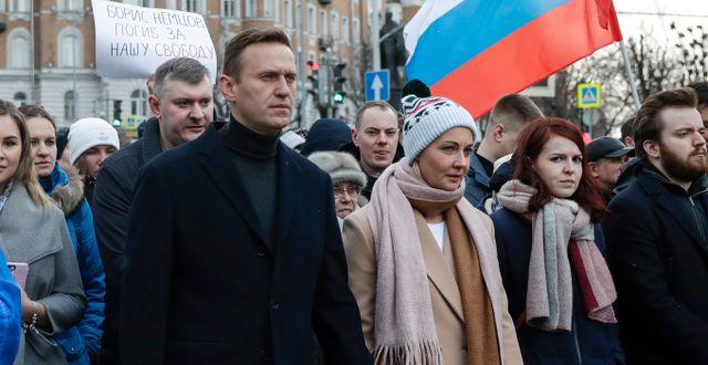 Navalnyj under en protest i mars 2020.  Pavel Golovkin / TT NYHETSBYRÅN