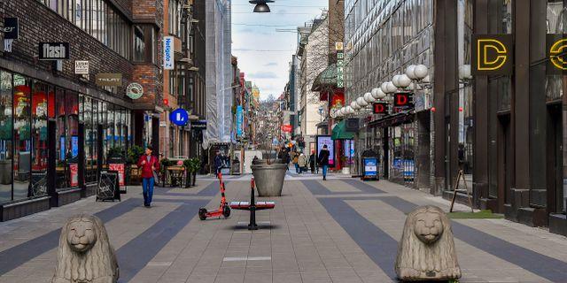 Ett öde Drottninggatan. Jonas Ekströmer/TT / TT NYHETSBYRÅN