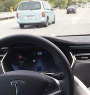Arkivbild: Självkörandesystemet i Teslas Model S.  Alexandria Sage / TT NYHETSBYRÅN