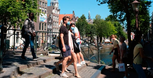 Turister i Amsterdam Mike Corder / TT NYHETSBYRÅN
