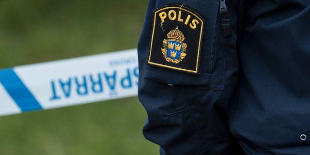 40 poliser tros ha drunknat 3