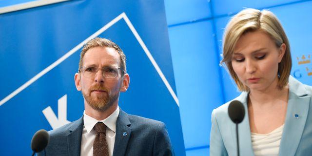 Kristdemokraternas ekonomiske talesperson Jakob Forssmed och partiledare Ebba Busch Thor. Partiet har reserverat sig mot riksdagens beslut om Kuba. Pontus Lundahl/TT / TT NYHETSBYRÅN