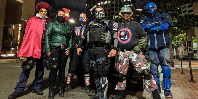 Xtreme Justice League, med Nyght och Mr Xtreme i förgrunden. Twitter