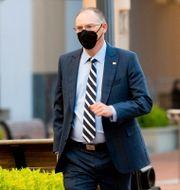 Arkivbild: Epic Games vd Tim Sweeney på väg till domstolsförhandlingarna i maj.  Noah Berger / TT NYHETSBYRÅN