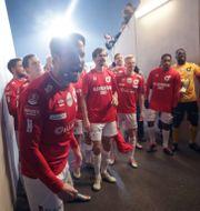 Degerforsspelarna firade efter matchen. Adam Ihsel/TT / TT NYHETSBYRÅN