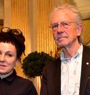 Nobelpristagarna Olga Tokarczuk och Peter Handke.  TT NEWS AGENCY / TT NYHETSBYRÅN