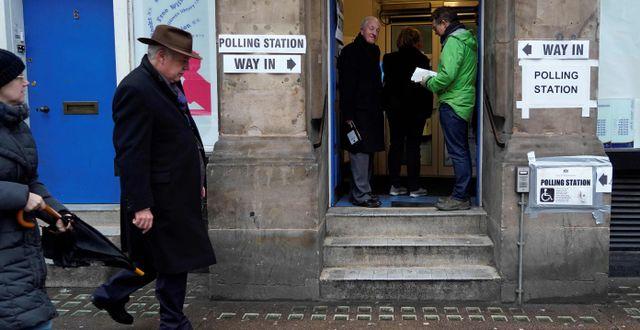 Vallokal i London.  NIKLAS HALLE'N / AFP